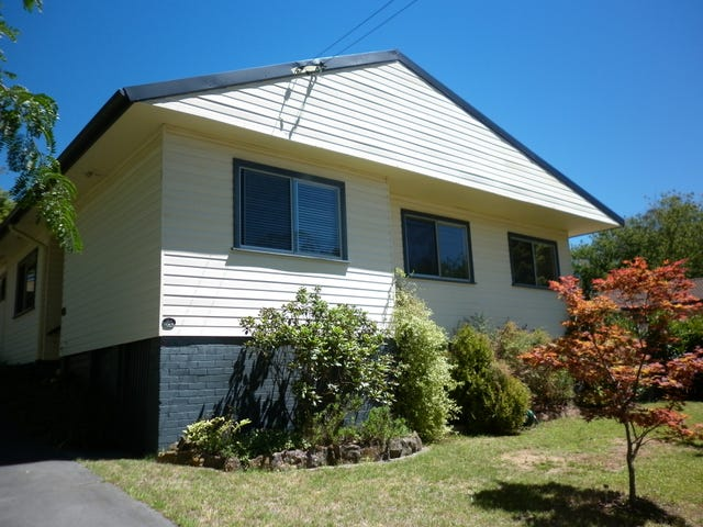 23 Gladstone Road, Leura, NSW 2780