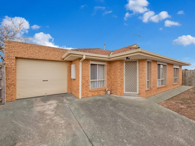 2/32 JAMES Street, St Albans, Vic 3021