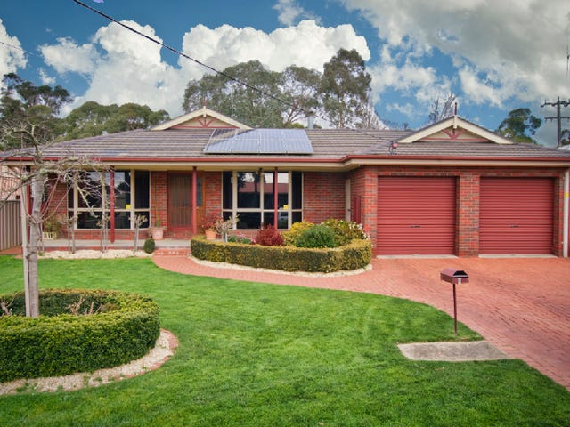 6 Quinta Drive, Mount Clear, Vic 3350