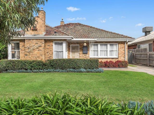 12 Ballarat Road, Hamlyn Heights, Vic 3215