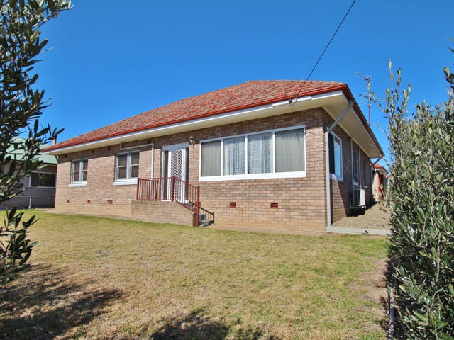 12 Currawong Street, Young, NSW 2594