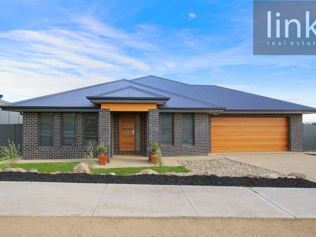 32 Stirling Way, Thurgoona, NSW 2640
