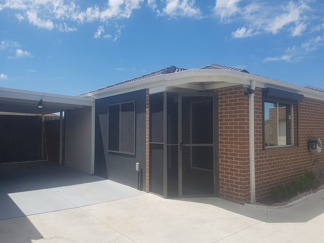 4/30 COLLENSO STREET, Sunshine West, Vic 3020