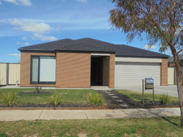 46 Equine Circuit, Melton South, Vic 3338