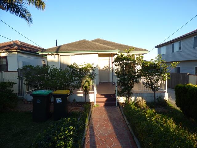 41 LASCALLES AVENUE, Greenacre, NSW 2190