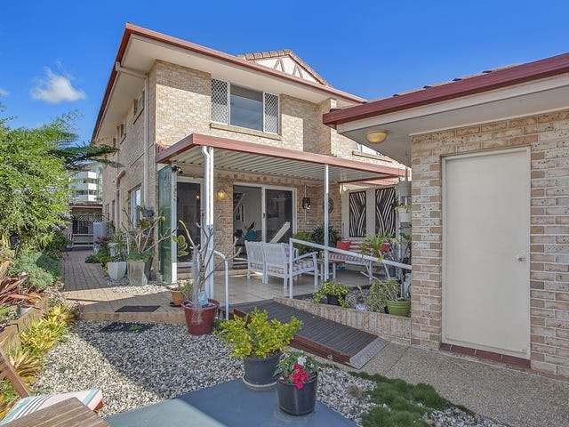 1/4-6 Snowgum Court, Burleigh Waters, Qld 4220
