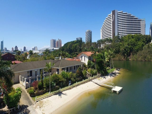 4-6 Merrimac Boulevard, Broadbeach Waters, Qld 4218