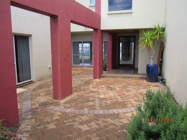 4/2 Sandy Point Drive, Port Lincoln, SA 5606