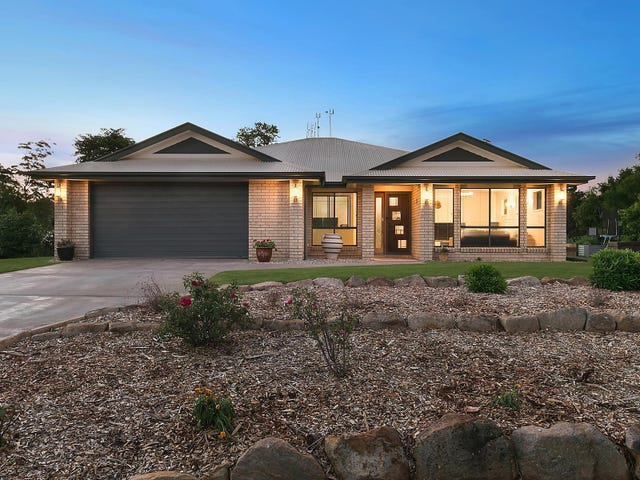 7 Bernard Court, Highfields, Qld 4352