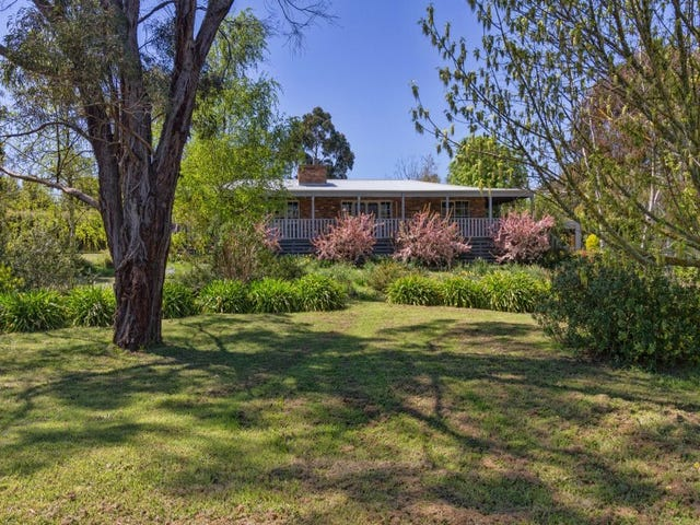 81 Palmer Crescent, Newham, Vic 3442