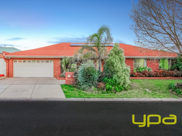 9 Manor Place, Melton, Vic 3337