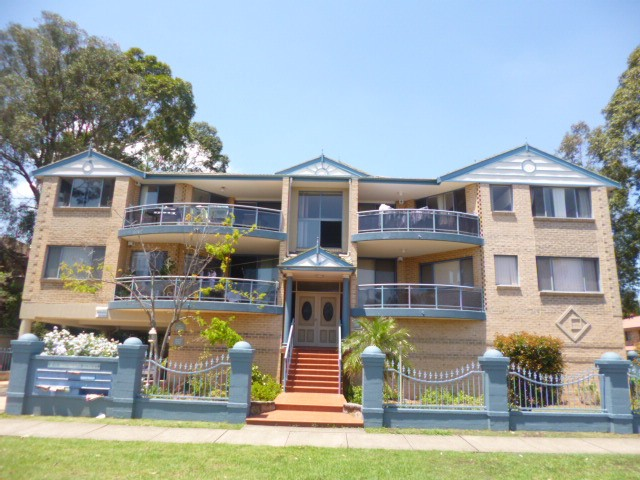 12/9-11 Boundary Street, Granville, NSW 2142