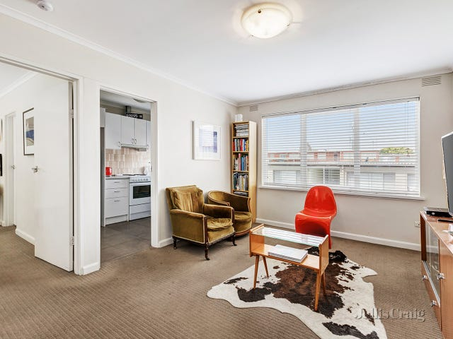 21/558 Moreland Road, Brunswick West, Vic 3055
