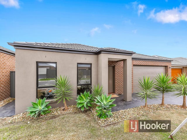 4 Clarence Place, Cranbourne East, Vic 3977
