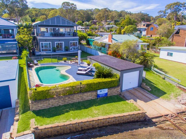271 Coal Point Road, Coal Point, NSW 2283
