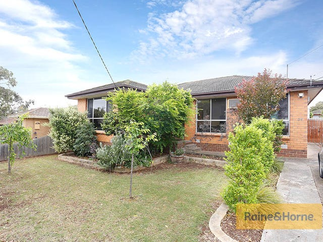 34 Tern Court, Melton, Vic 3337
