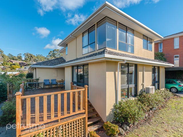 3 Pearl Place, Blackmans Bay, Tas 7052