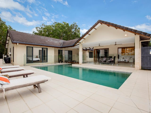 6 Nancy Close, Oak Beach, Qld 4877