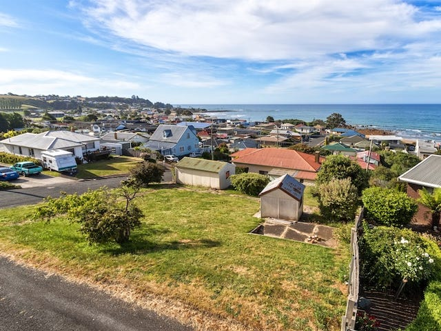 2 Frith Street, Penguin, Tas 7316