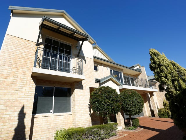 2/6 Edgehill Street, Scarborough, WA 6019