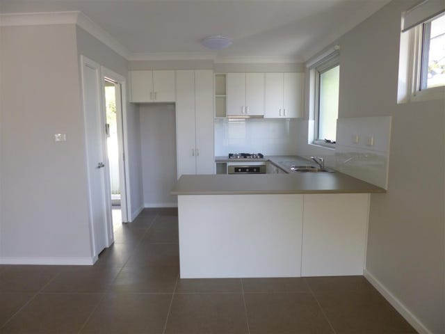 32 Narrawa Avenue, Erina, NSW 2250