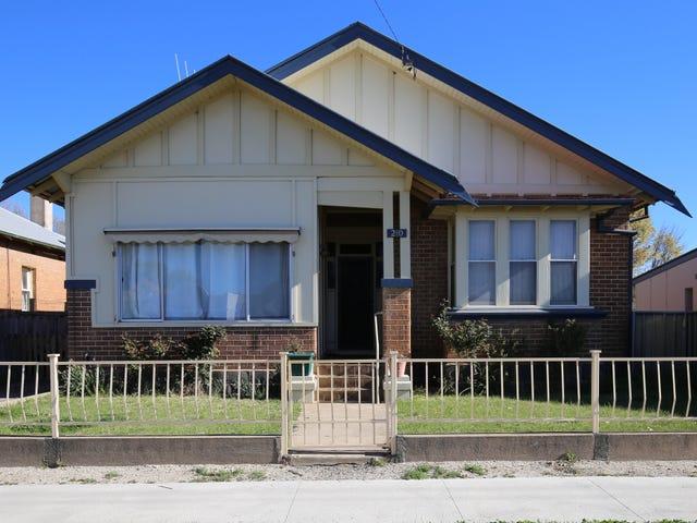 210 BYNG STREET, Orange, NSW 2800