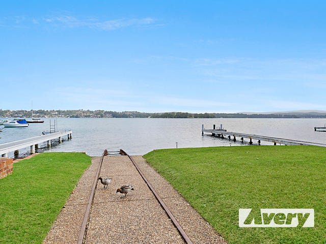 227 Coal Point Road, Coal Point, NSW 2283
