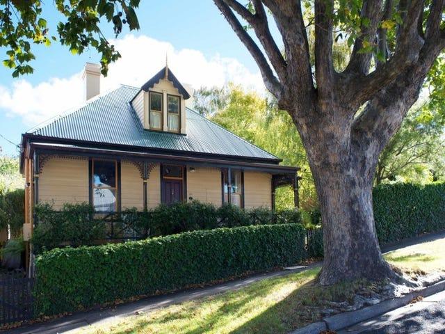 30 Lochner Street, West Hobart, Tas 7000
