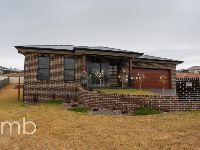 7 Isaac Drive, Orange, NSW 2800