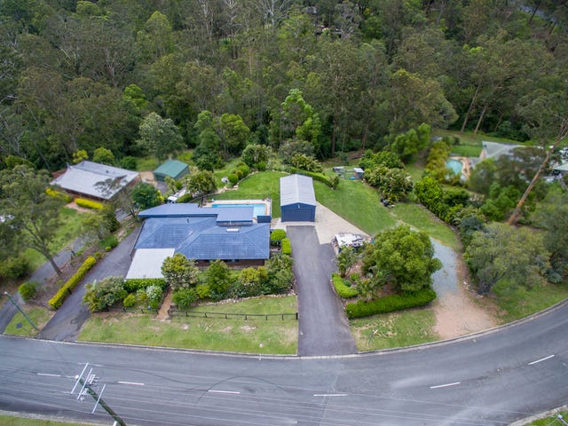 20 Branch Creek Road, Clear Mountain, Qld 4500