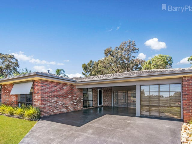 18 Mayfield Parade, Strathdale, Vic 3550
