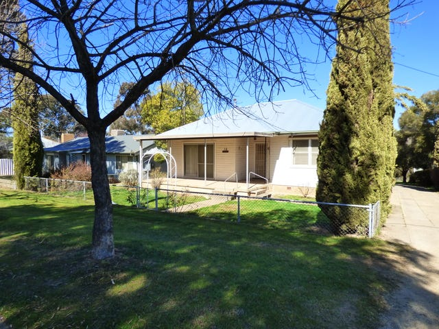 12 Prospect Street, Young, NSW 2594