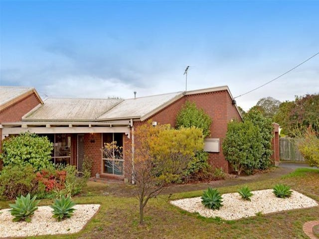1/2 Curtis Court, Leopold, Vic 3224