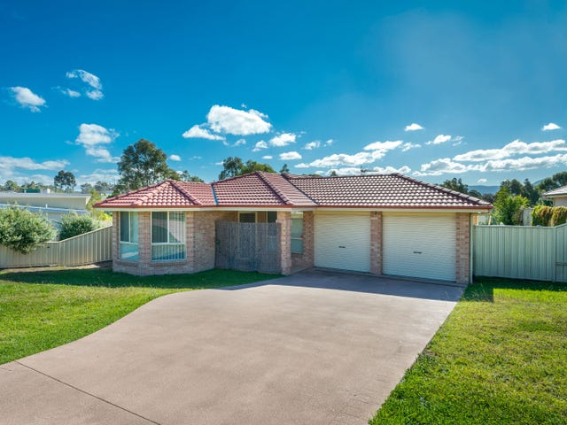38 Carrington Park Drive, Nowra, NSW 2541