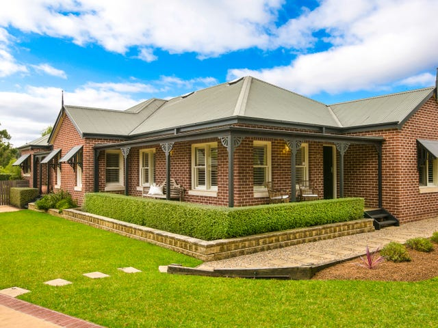 10 Denbigh Drive, Bowral, NSW 2576