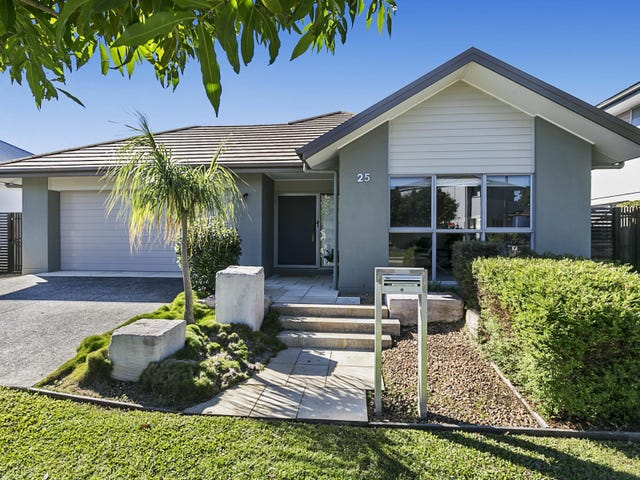 25 Brook Street, Wakerley, Qld 4154
