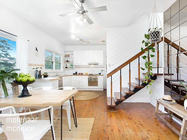 6 Lara Place, Mount Keira, NSW 2500