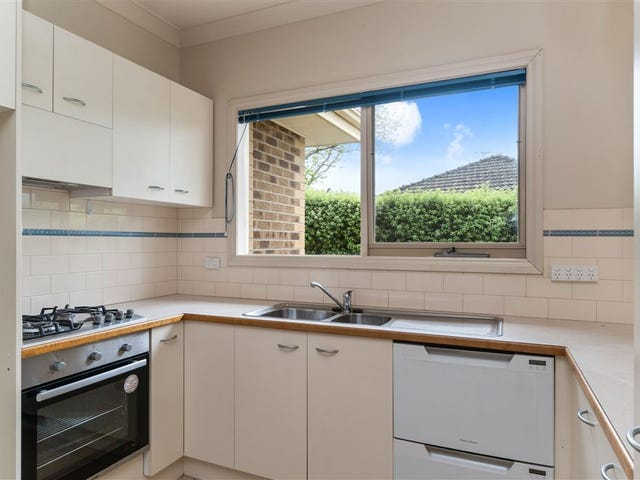 15 Campbell Grove, Mornington, Vic 3931