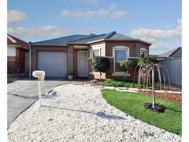 4 Willoughby Avenue, Caroline Springs, Vic 3023