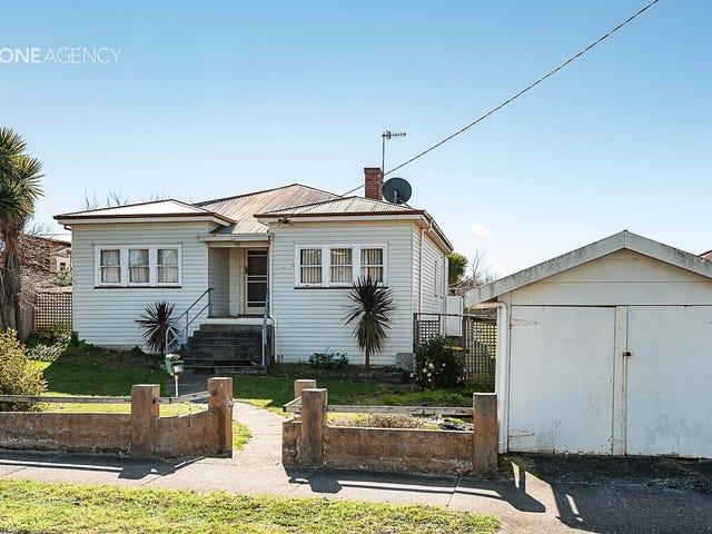 18 Pine Avenue, Upper Burnie, Tas 7320
