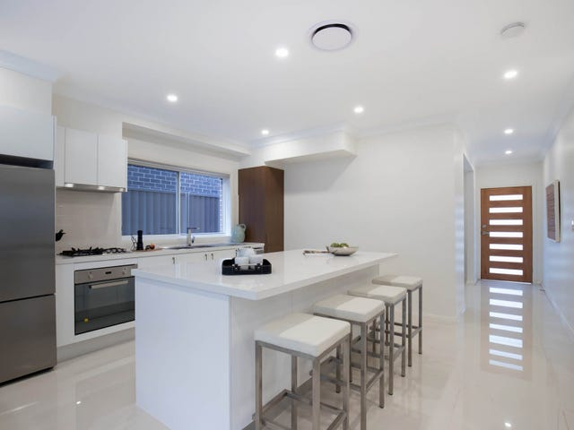 9/10 Old Glenfield Road, Casula, NSW 2170