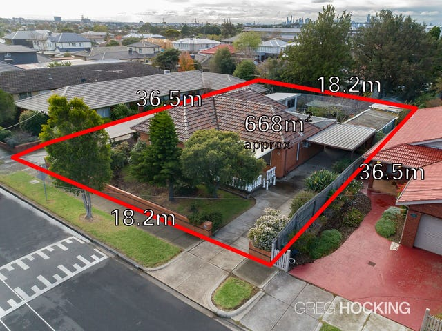 83 Kernot Street, South Kingsville, Vic 3015