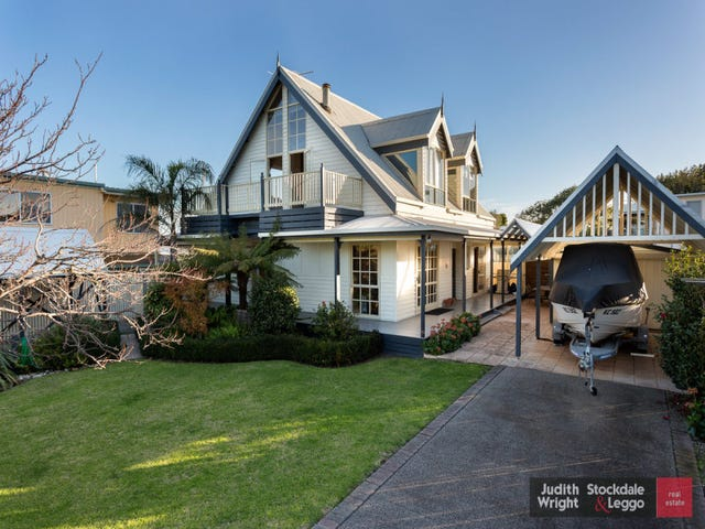 8 Seaview Street, Newhaven, Vic 3925