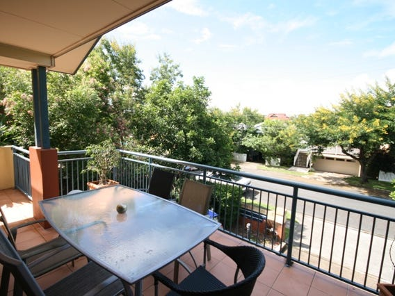 30 Clarendon Street, East Brisbane, Qld 4169