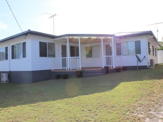 Unit 2, 10 Wavell Avenue, Golden Beach, Qld 4551