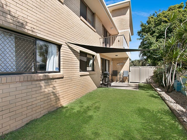 2/19 Twenty Sixth Avenue, Palm Beach, Qld 4221