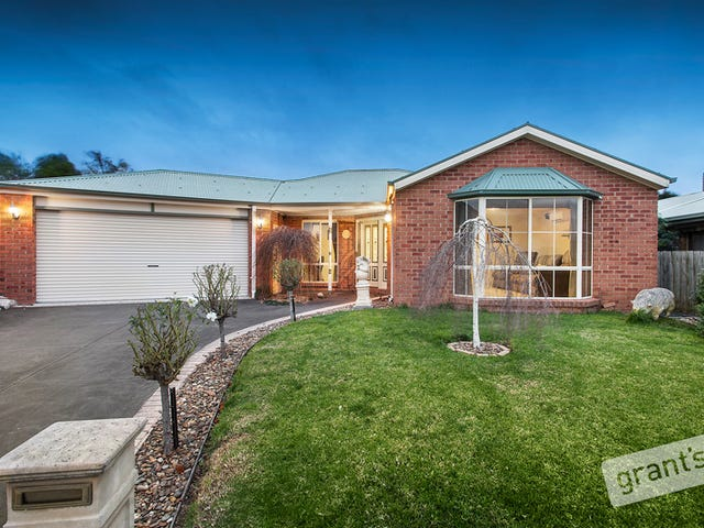 6 Barber Court, Berwick, Vic 3806