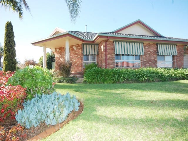 8a Robrick Close, Griffith, NSW 2680