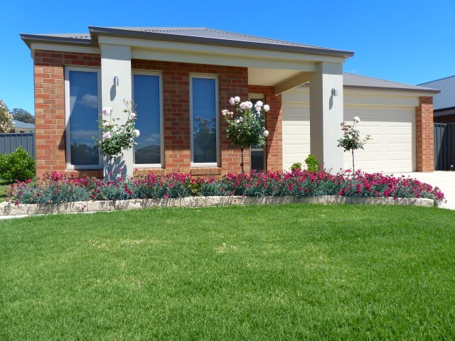 1 Loch Court, Thurgoona, NSW 2640
