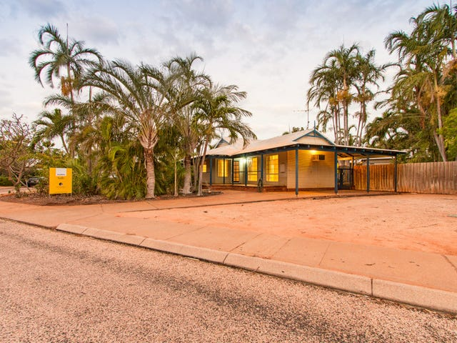 4 Hawkes Place, Cable Beach, WA 6726